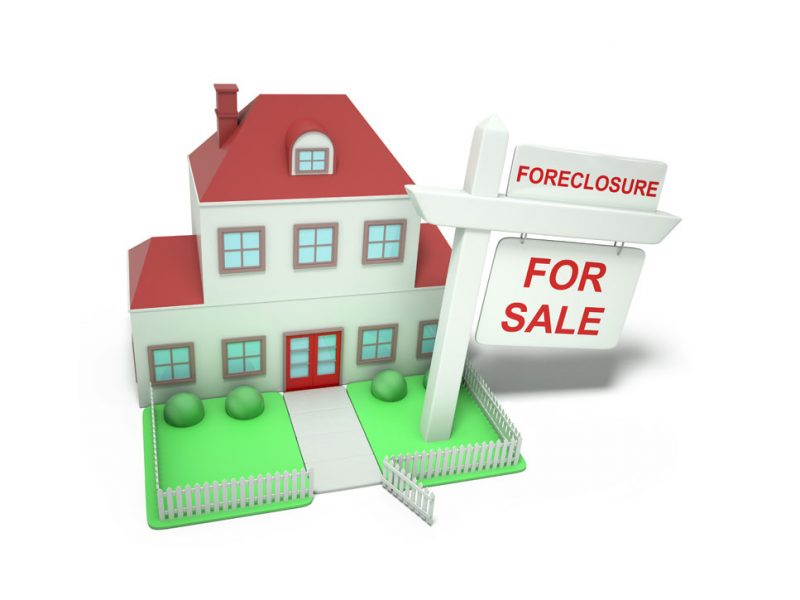 a picture of a house in foreclosure for sale